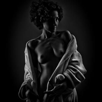 aktfoto-schwarz-weiss-1-jpg